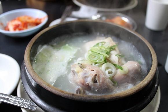 百濟蔘雞湯2