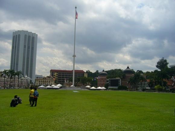 獨立廣場周圍10
