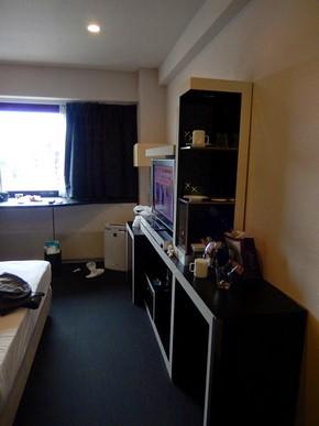 Cross Hotel Osaka_Semi-Double-Room_04