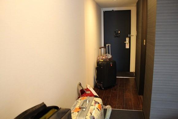 Cross Hotel Osaka Double room_01