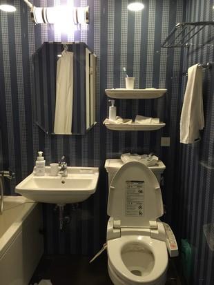 hotel-monterey-grasmere-osaka_room_14